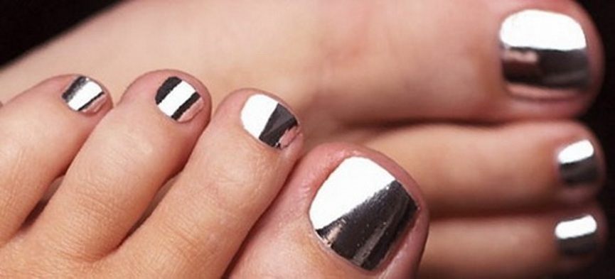 toe-chrome-nail-designs