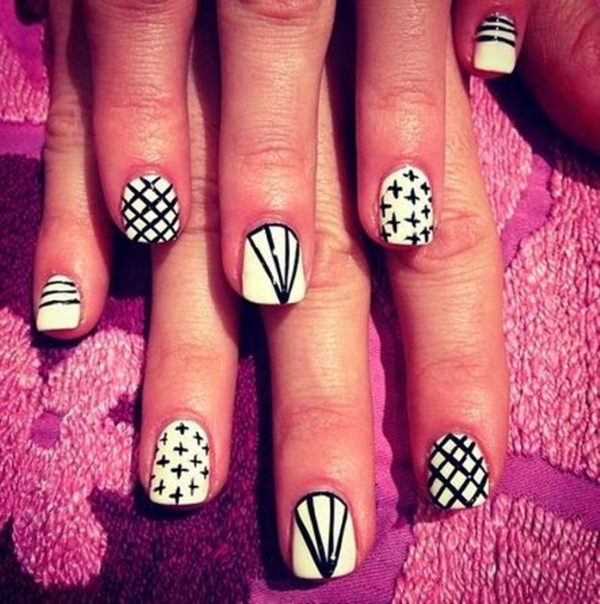 best-diamond-nail-art-17