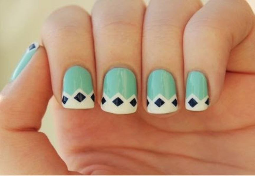 best-diamond-nail-art-18