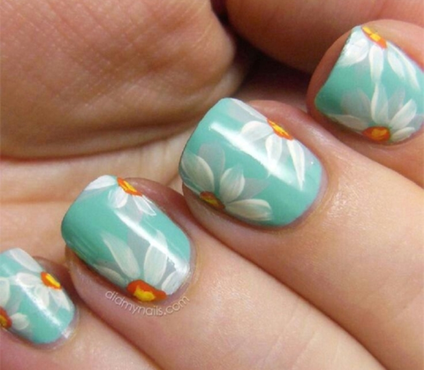 elegant-sunflower-pastel-nail-art-ideas