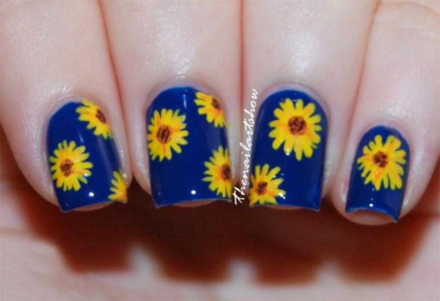 fresh-blue-and-sunflower-garden-designs