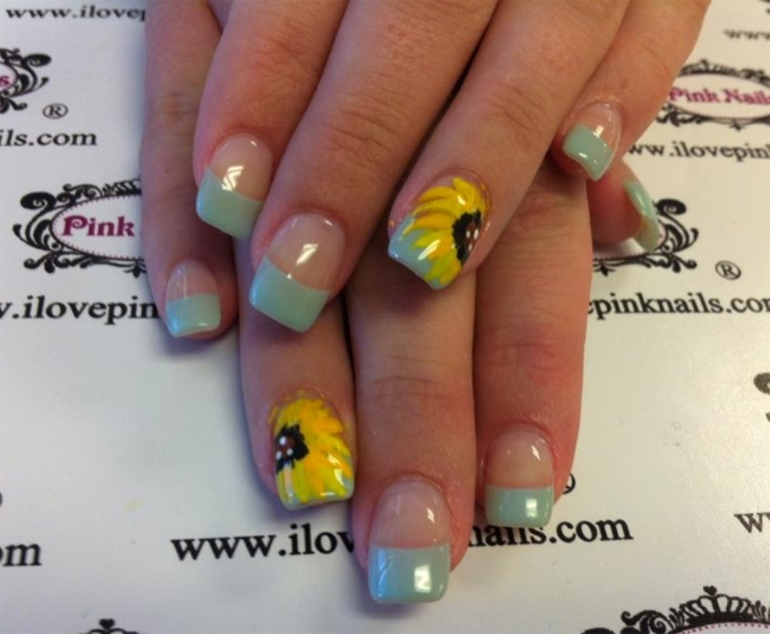 small-sunflower-nails-art-design-for-girls
