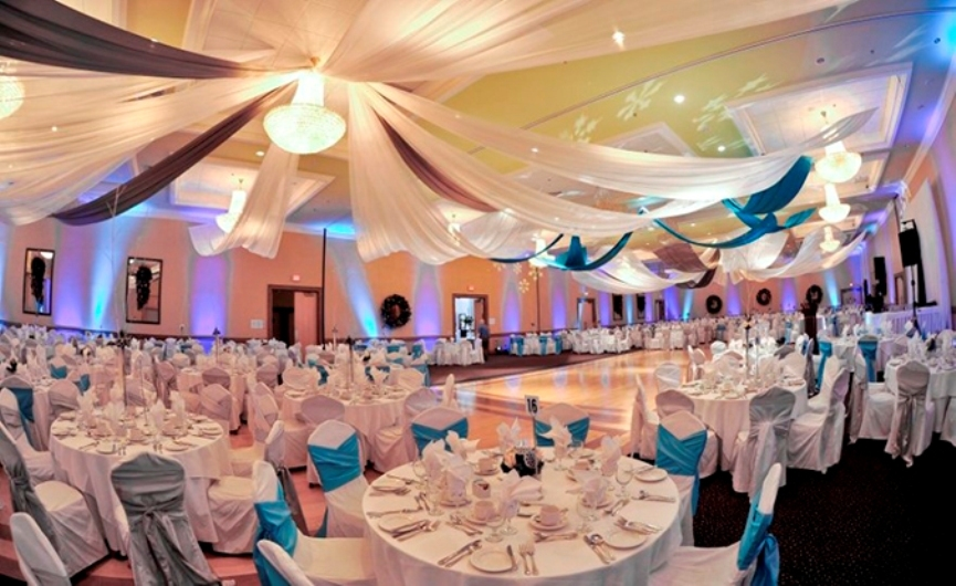 wedding-party-decoration-ideas-chair-lighting-table-ballroom