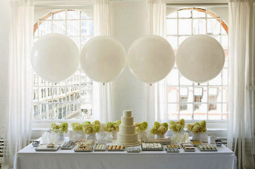 white-bridal-shower-party-decor1